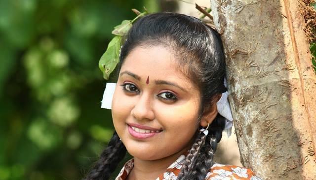 Meghna Vincent Chandanamazha Serial Actress Photos Biography Kerala Channel