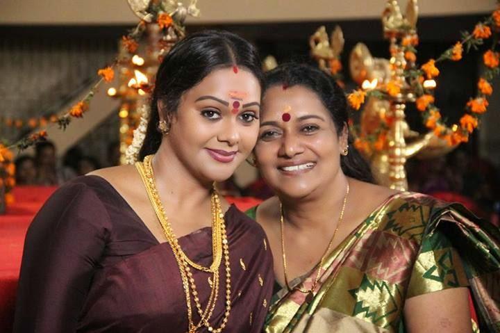 Actress Rekha ratheesh1