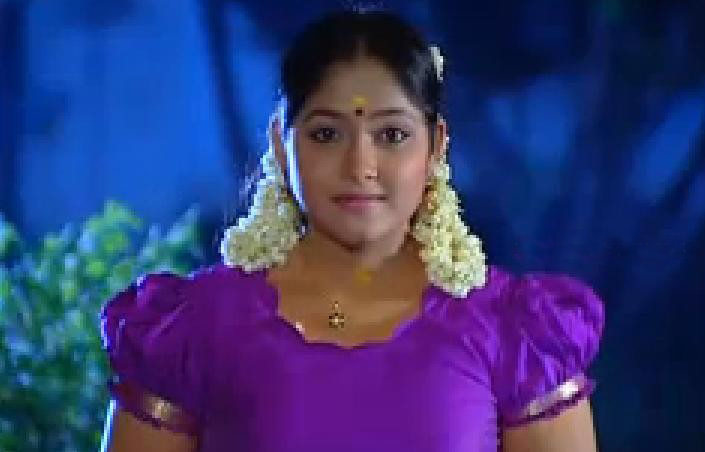 7-Rathrikal-Serial-actress