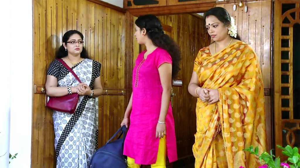 Vivahitha serial actress1 (1)