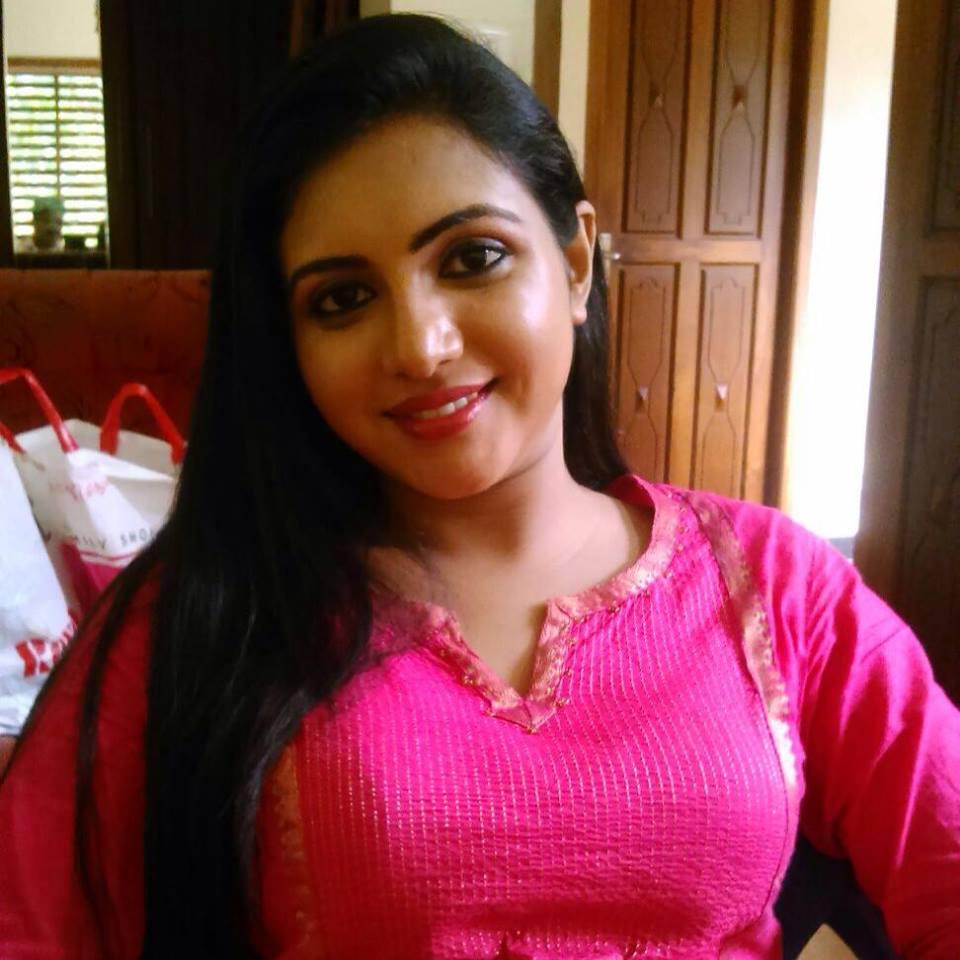 Neethu Thomas Serial Actress