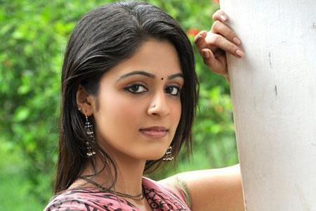 serial actress malavika wales2 kerala channel