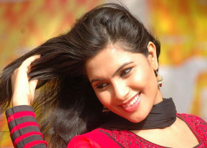 Sonu Gowda hot3