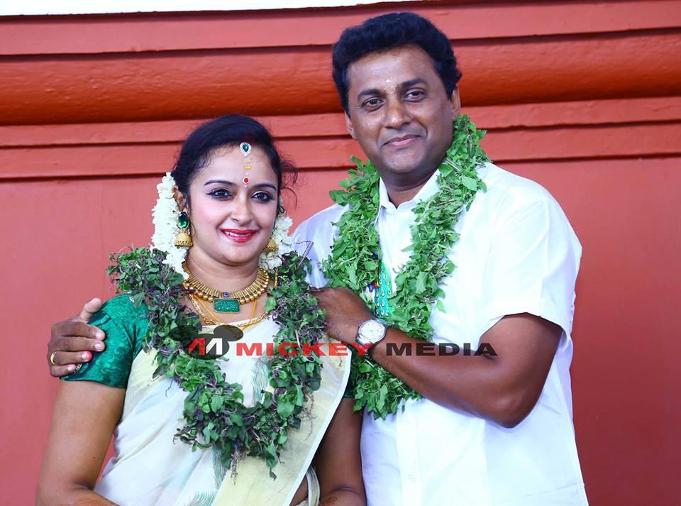 Shalu menon saji g nair marriage stills and details for Nisha bano husband name