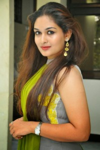 prayaga-martin-actress-hot