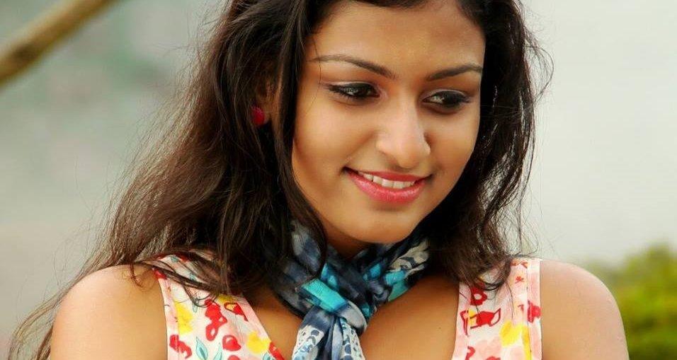 Karuthamuthu Balamol real name Rini Raj biography, Photo Gallery and